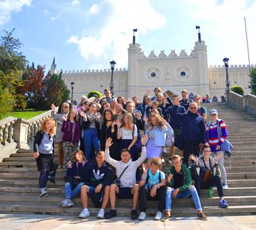 Korona Polskiego Wychowania - Program kształcenia liderów ze szkół polonijnych z Litwy i Łotwy
